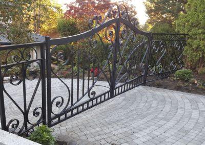 GATES SWING (2)
